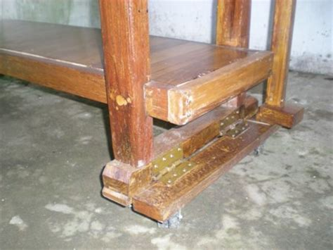 Meja Kerja Tukang Kayu perabot kayu sederhana simply wood furniture
