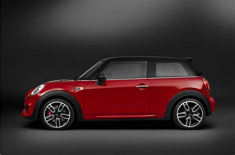 Mini Cooper Works 2015 Mini Cooper Works Hardtop Profile Photo 14