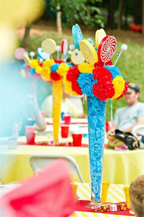 carnival theme centerpieces ideas circus carnival