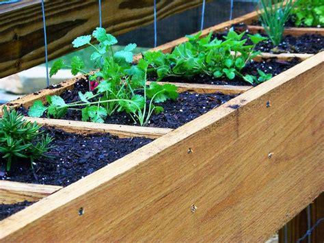 herb planter diy diy herb planters garden pinterest