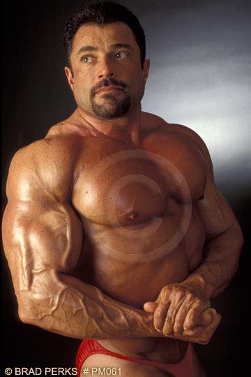 bakkadeliviano extreme bodybuilders