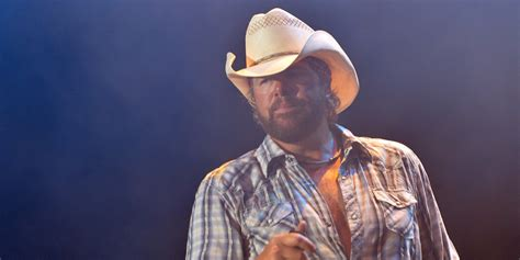toby keith education toby keith s new restaurant displays no guns permitted