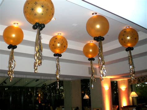 Easy Last Minute Decor Balloon Ceiling by Balloon Backdrop Ideas Balloons Decorations