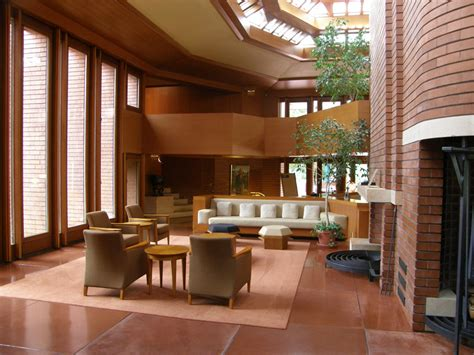 frank lloyd wright home interiors wingspread a frank lloyd wright designed house for mr