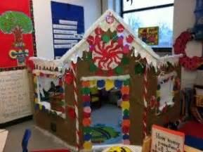 gingerbread commercial mall decorations 크리스마스 퍼포먼스 미술놀이 크리스마스 하우스 만들기 네이버 블로그