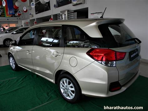 honda mobilio honda cars india launched the 7 seater honda mobilio mpv