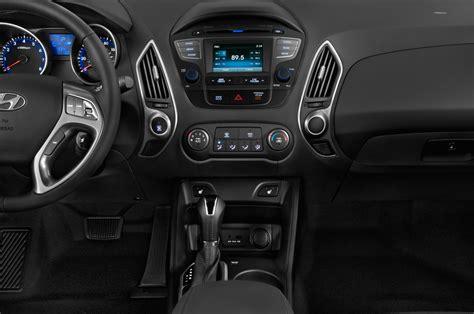 Interior Instrument Tech Services Ltd by 2014 Hyundai Tucson Instrument Panel Interior Photo