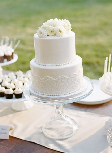 cities wedding cake with fondant lace and pearls www - Wedding Cakes Cities