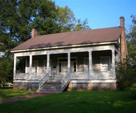 houses for sale in mississippi a traditional foursquare in texas more houses for sale hooked on houses