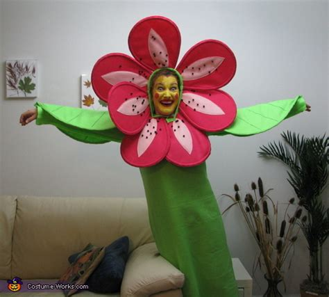 how to make a flower costume with pictures wikihow happy blooming flower homemade halloween costume