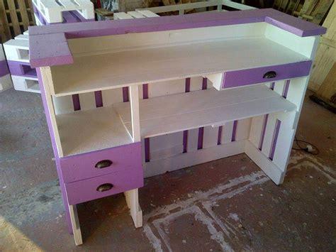 Pallets Wood Reception Desk 101 Pallet Ideas Diy Reception Desk