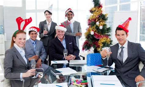 office christmas party games for large groups 7 office and celebrations