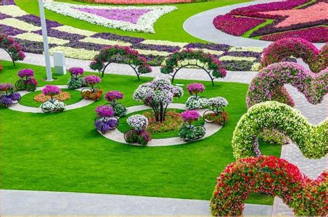 Beautiful Flowers Garden In The World The Most Beautiful And Flower Garden In The World Dubai Miracle Garden