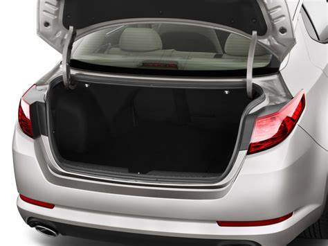 Kia Trunk Image 2011 Kia Optima 4 Door Sedan 2 4l Auto Lx Trunk
