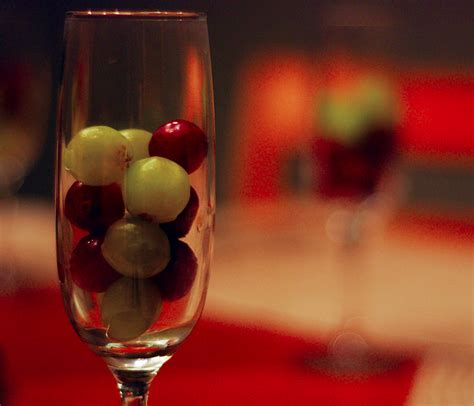 new year s traditions in spain 12 grapes in 12 seconds