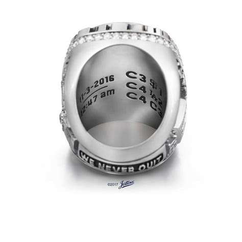 cubs rings take a look at cubs world series rings