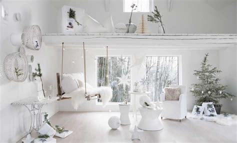 tavole di natale decorazioni tavola di natale le decorazioni total white leitv