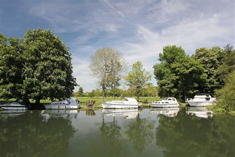 thames river property plot for sale mooring number walliscote farm high