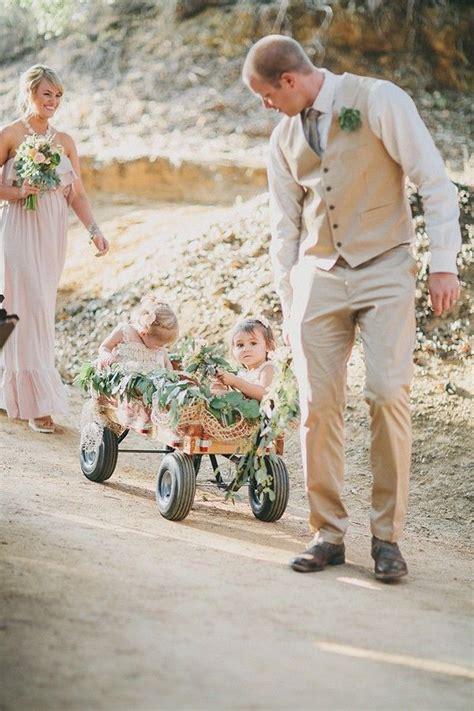 Pictures Of Wedding Wagons For Flower by 25 Best Ideas About Flower Wagon On Ring