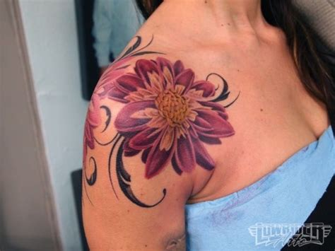 girl tattoo form 1000 ideas about shoulder tattoos on