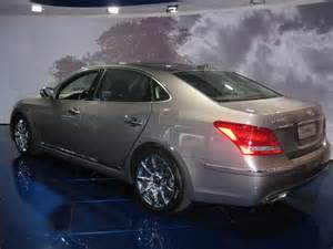 Hyundai Top Of The Line Sedan And The Top Of Line Equus Ultimate At Hyundai Pictures
