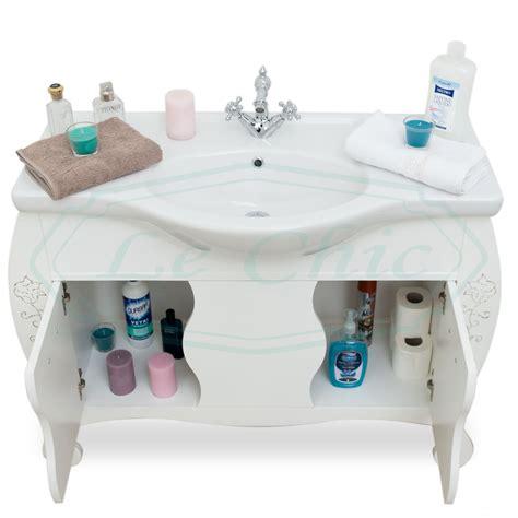 arredo bagno contemporaneo arredo bagno in stile contemporaneo bombato bianco e