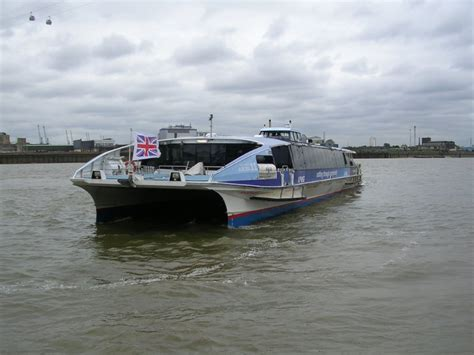 thames clipper drinks postcards transport in london