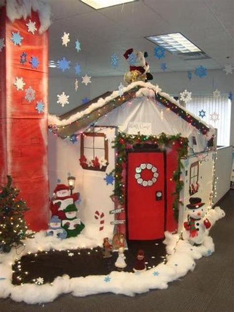 christmas cubicle decorating contest ideas cubicle decorating at work i m officially inspired cubicle