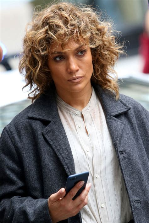 j lo hair new short curly 2014 jennifer lopez on the set of shades of blue in new york