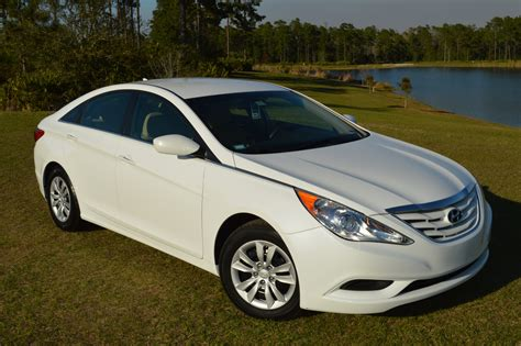 2013 hyundai sonata hybrid reviews specs and prices