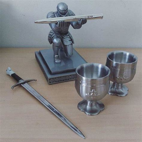 executive knight pen holder executive medieval knight armor soldier pen holder with
