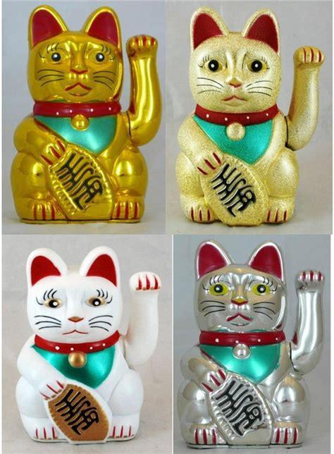 cat with swinging arm swinging arm fortune cat maneki neko battery powered