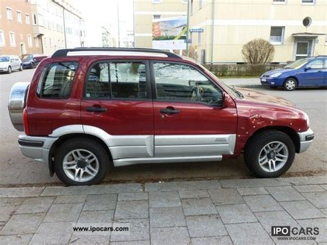 Suzuki 4wd Club 2004 Suzuki Grand Vitara 2 0 Club Car Photo And Specs