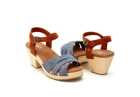 s clog sandals toms chambray brown suede s beatrix clog sandals in