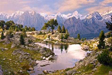 aig estortes estany de sant maurici national park pyrenees spain 1 25 000 trekking map alpina books aiguestortes i estany de sant maurici4