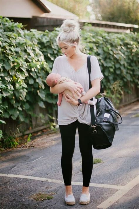 superb mom outfits   stylish