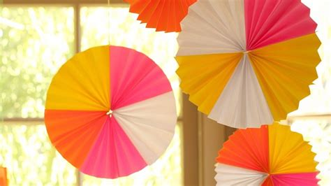 How To Make A Fan Out Of Paper - paper fans 35 how to s guide patterns