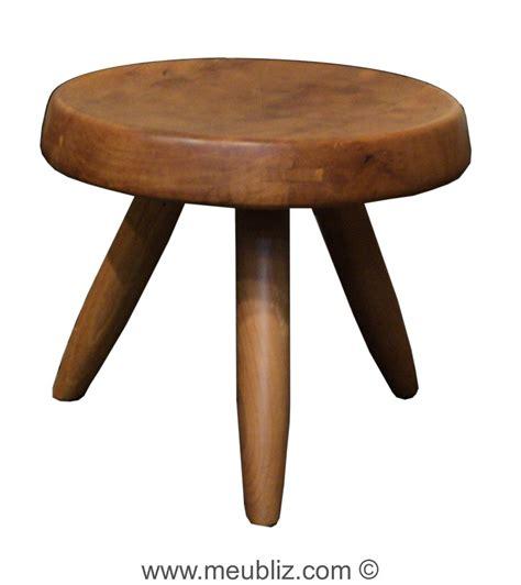 Tabouret Perriand tabouret berger par perriand meuble design