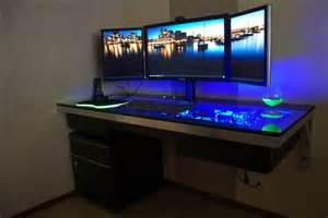 3 monitor desk rooms