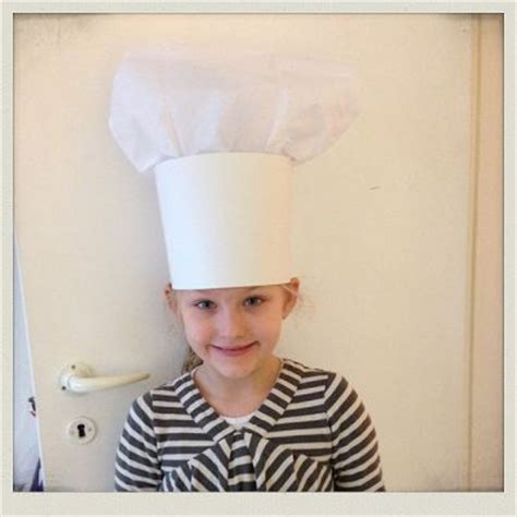 make your own chefs hat lav din egen kokkehue homemaid