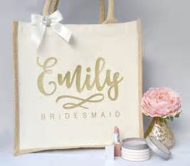 wedding gift bags 17 best ideas about bridesmaid gift bags on bridesmaid bags wedding bridesmaids