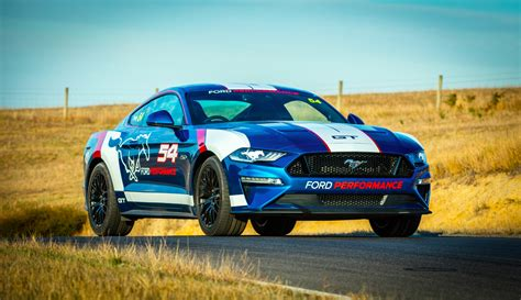 ford mustang supercar ford mustang to take on australian supercars series from 2019
