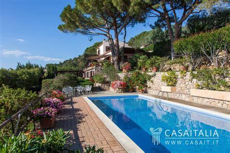toscana porto santo stefano villa con piscina e dependance in vendita all argentario
