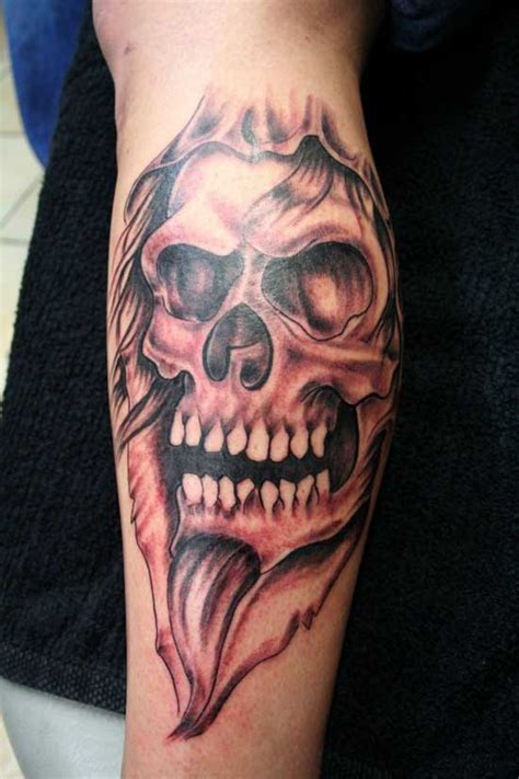 15 dangerous examples of skull tattoos beautiful flowers