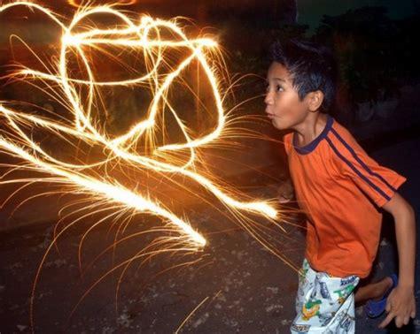 imagenes de niños quemados con cohetes fuegos artificiales yoreme s weblog