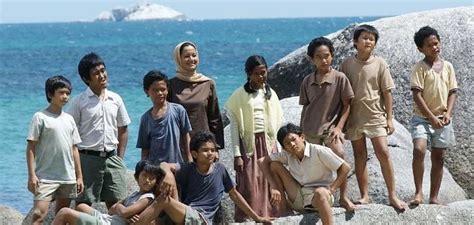 lokasi pantai film laskar pelangi liburan ke kung ahok dan kunjungi lokasi film laskar
