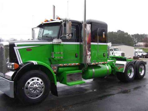 Semi Truck With Sleeper by Peterbilt 378 2007 Sleeper Semi Trucks