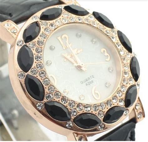 Harga Jam Tangan Quartz Asli jam tangan wanita quartz berlian keren mewah jw080 merah