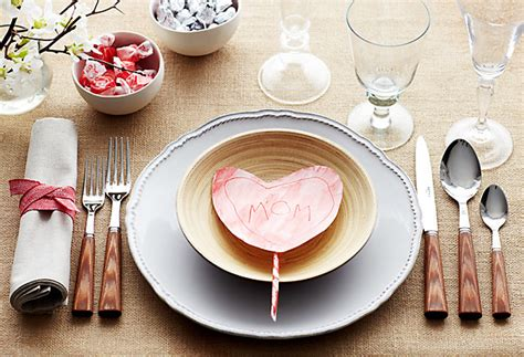 Dinner Party Table Setting by Valentine S Day Table Setting Ideas