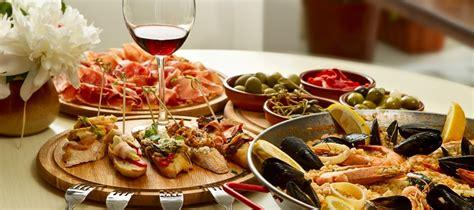 italian food dinner food wine italian food and wine